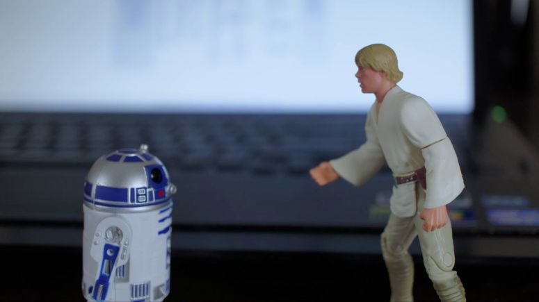 star-wars-episode-4-a-toy-story-slide-03