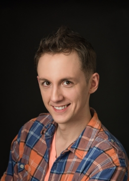 Nick D'Alberto as Owen