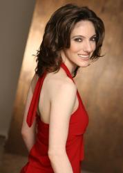 Elaine Capogeannis as Shali