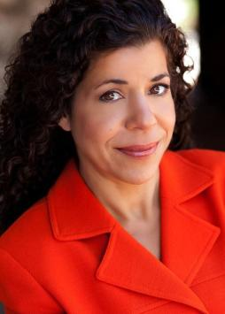 Andrea Salloum as Inelia